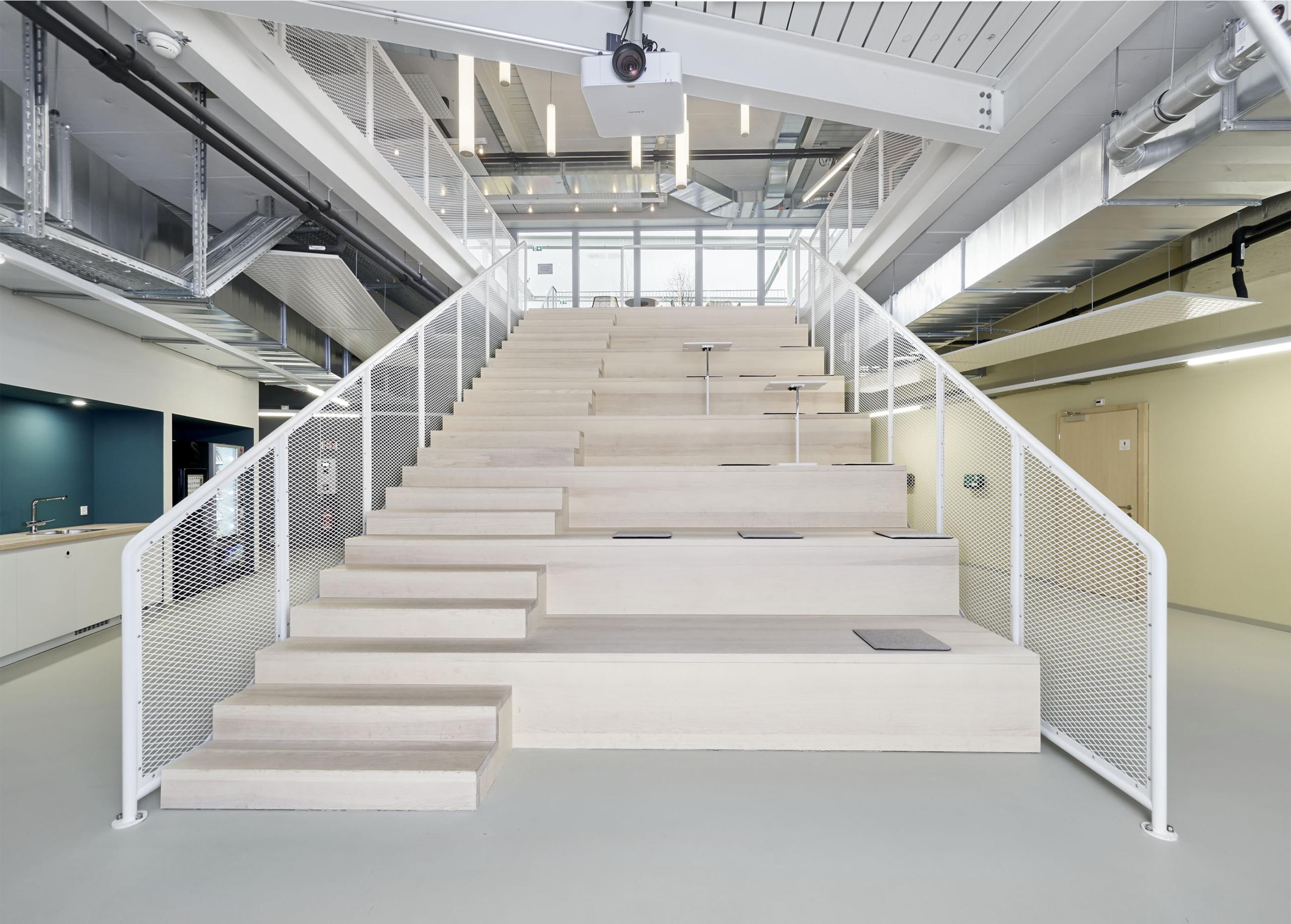 escaliers1285